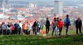 Spacer badawczy po Pradze w formie nordic walking!