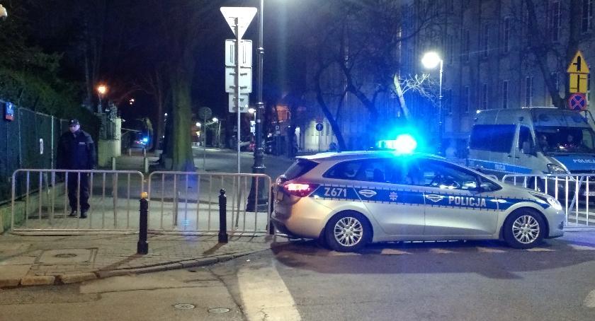 Ruch na ul.Krzywickiego od skrzyżowania z Filtrową do Wawelskiej jest zablokowany