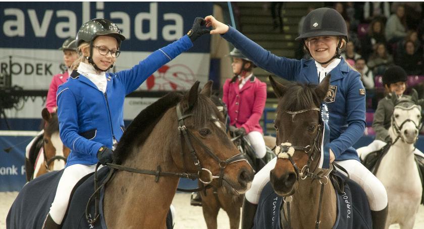 Sport, trzeci dzień Międzynarodowych Zawodów Jeździeckich Cavaliada - zdjęcie, fotografia