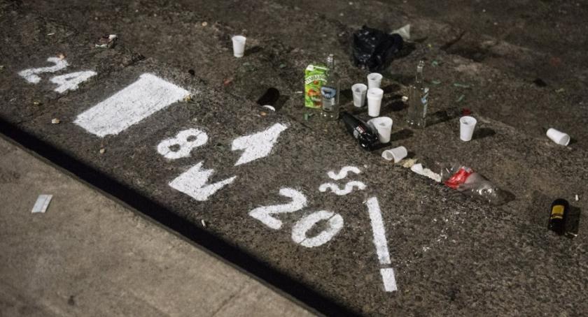 gospodarka odpadami, Tajemniczy happening Wisłą - zdjęcie, fotografia