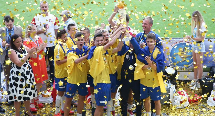 Sport, Dziecięcy Mundial zwyciężyła Ukraina - zdjęcie, fotografia