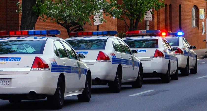 Bezpieczeństwo, Rekordowe poparcie obywateli Policji - zdjęcie, fotografia