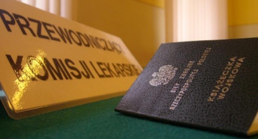 Bezpieczeństwo, Komisja Wojskowa lutego stolicy - zdjęcie, fotografia