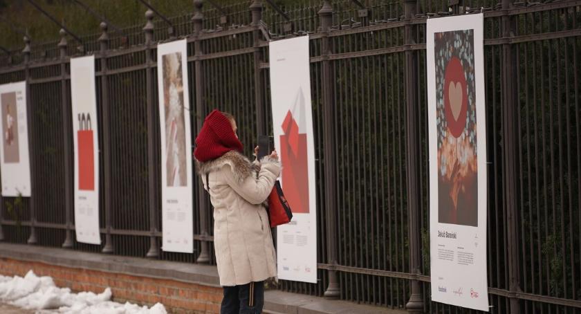 Wystawy, Wystawa lecia odzyskania Niepodległości Łazienkach - zdjęcie, fotografia