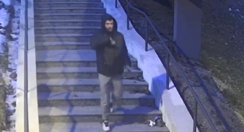 Bezpieczeństwo, Śródmiejska Policja poszukuje człowieka - zdjęcie, fotografia