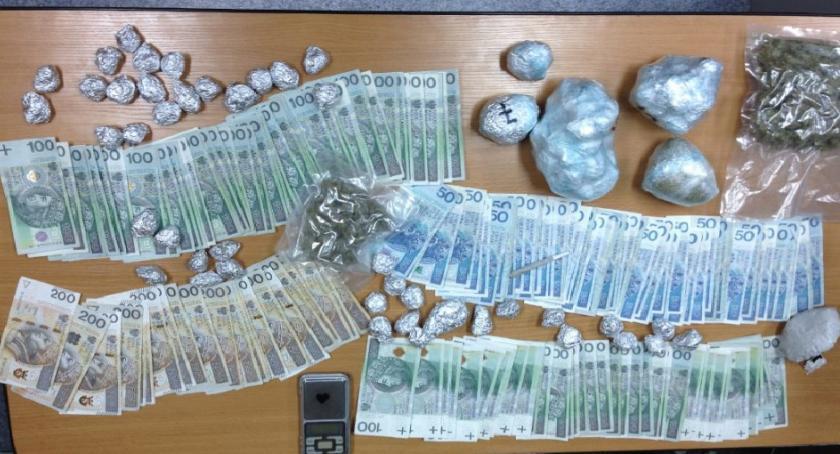 News, letni diler narkotyków zatrzymany Ursynowie - zdjęcie, fotografia