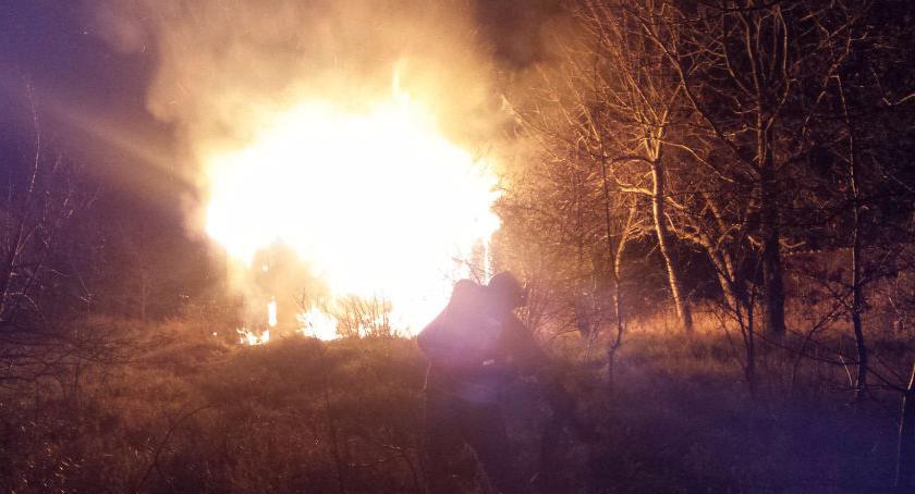 Bezpieczeństwo, Spłonął budynek Zwoleńskiej Zdjęcia straży - zdjęcie, fotografia