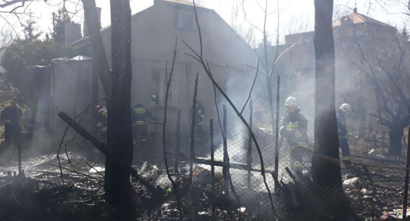 Bezpieczeństwo, Pożar Czarnołęckiej [ZDJĘCIA] - zdjęcie, fotografia