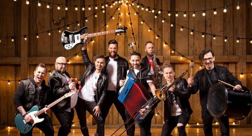 Koncerty, Zespół zagra Wawrze niedzielę - zdjęcie, fotografia
