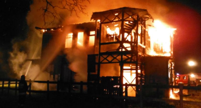 Interwencje, Pożar pustostanu Patriotów - zdjęcie, fotografia