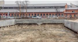 Zamknięta wschodnia jezdnia ulic Patriotów i K. Szpotańskiego