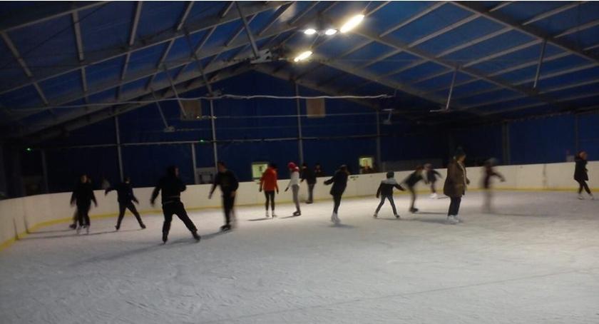Inne dyscypliny, Godziny otwarcia lodowiska podczas ferii - zdjęcie, fotografia