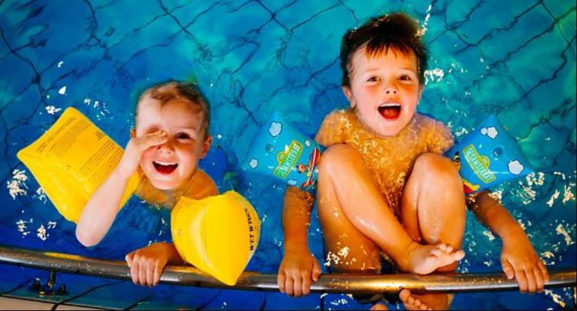 Samorząd, Bezpłatne zajęcia nauki pływania - zdjęcie, fotografia