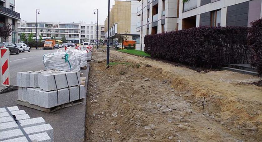 Ulice i place, Przebudowy dróg ulicach Kieślowskiego Hlonda - zdjęcie, fotografia