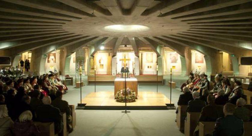 Historia, Uroczystość lecia powrotu ostatniego Prezydenta Ojczyzny - zdjęcie, fotografia