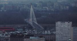 Smog nad Warszawą przekracza granice