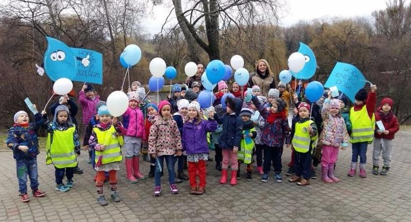 Zdrowie, Przedszkolaki dbają środowisko wiedzą ważna czysta woda! - zdjęcie, fotografia