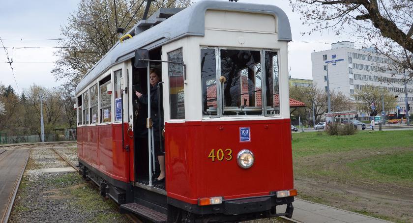 Komunikacja, Zabytkowa linia tramwajowe zmienia trasę - zdjęcie, fotografia