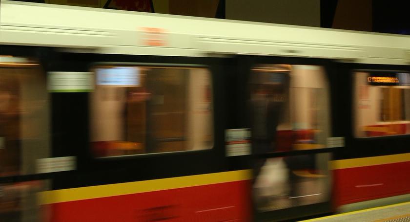 Metro, Tarcza Krystyna Kolejny pracy metrem - zdjęcie, fotografia