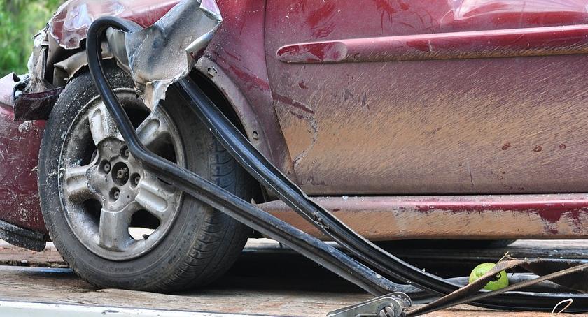 Wypadki, Wypadek skrzyżowaniu Wolskiej Prymasa Tysiąclecia - zdjęcie, fotografia