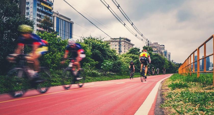 Rower, Ścieżki rowerowe trwają prace - zdjęcie, fotografia
