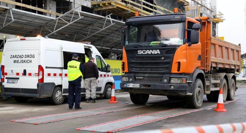 Bezpieczeństwo, Będą stałe kontrole ciężarówek ulicy Ordona - zdjęcie, fotografia
