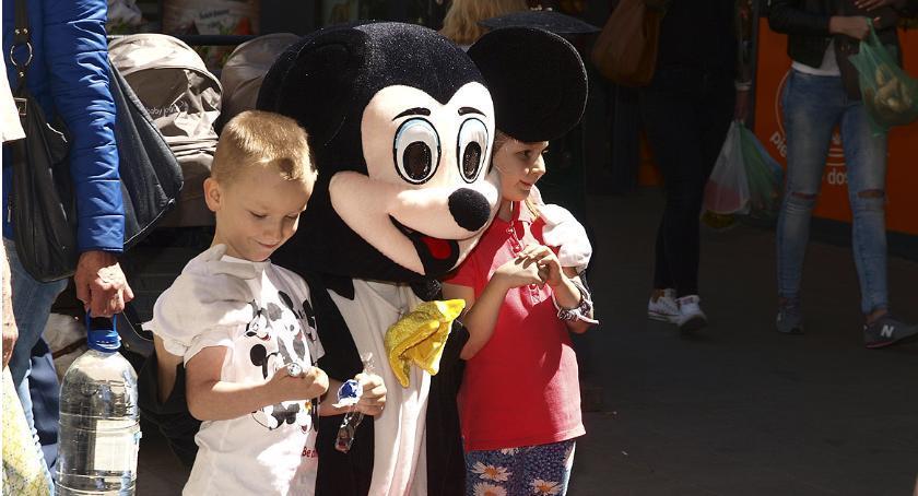 Imprezy - wydarzenia, Dzień Dziecka Zieleniaku - zdjęcie, fotografia