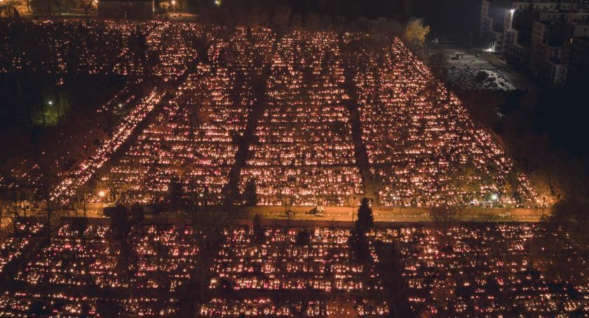 Cmentarze, sobie dzień Wszystkich Świętych - zdjęcie, fotografia