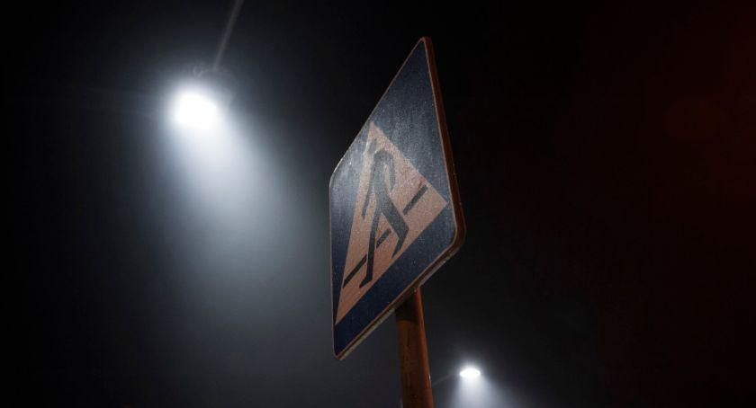 Ulice – place, doświetli przejść pieszych [LOKALIZACJE] - zdjęcie, fotografia