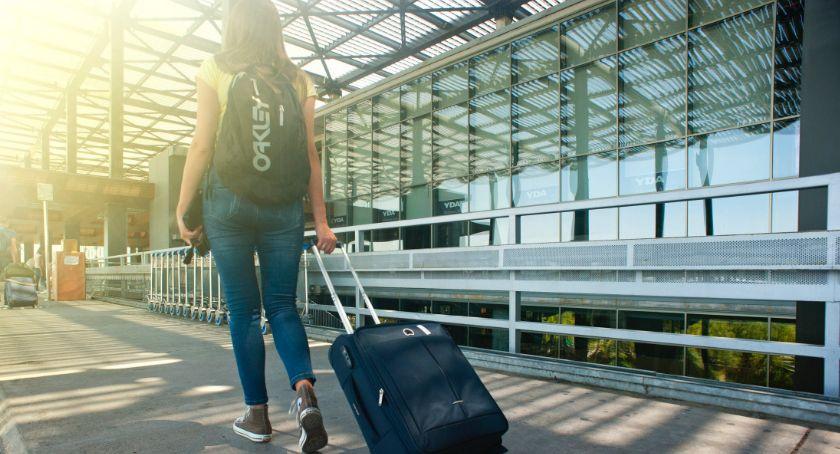 Handel i usługi, dostać lotnisko Modlinie - zdjęcie, fotografia