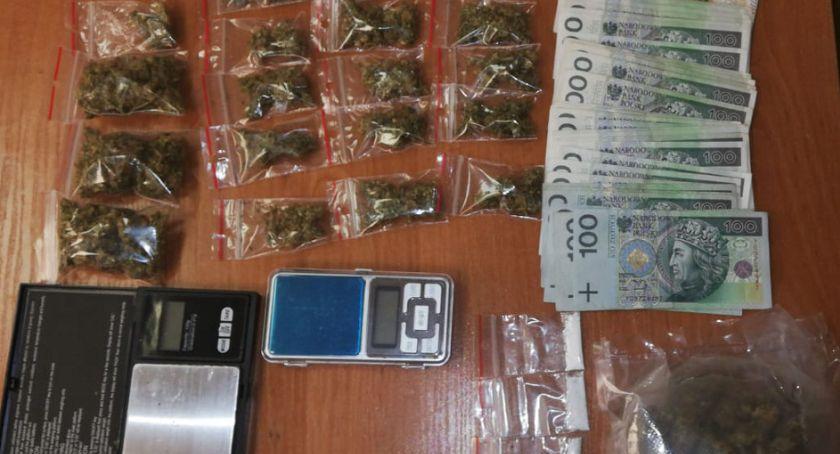 Interwencje, Zatrzymano latka sprawie narkotyków - zdjęcie, fotografia