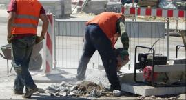 Na budowie, na rogu ulic Pereca i Żelaznej znaleziono niewypał