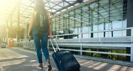 Jak się dostać na lotnisko w Modlinie?