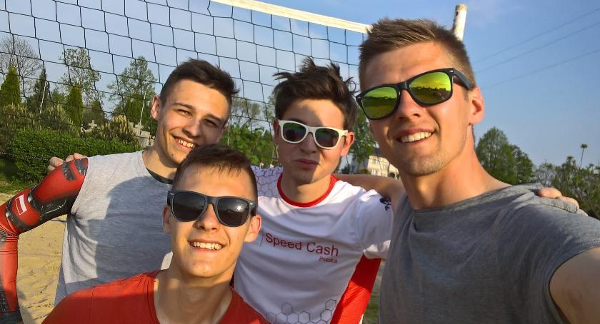 Sport, BOISKO PLAŻOWEJ PIŁKI SIATKOWEJ OTWARTE WSZYSTKICH - zdjęcie, fotografia