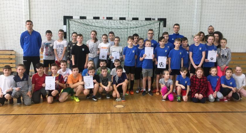 Sport, Turniej Halowej Piłki Nożnej Bulkowie (eliminacje gminne) - zdjęcie, fotografia