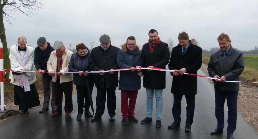 Samorząd, Inwestycje drogowe terenie Gminy Miasta Wyszogród - zdjęcie, fotografia