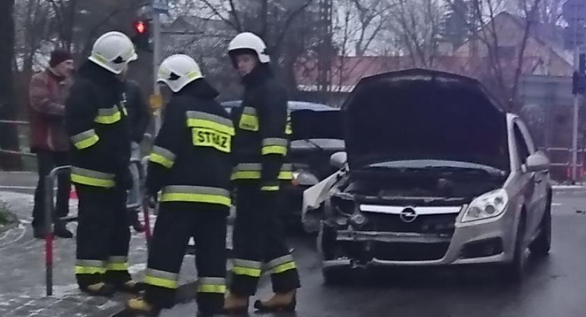 Wypadki, Wyszogród kolizja skrzyżowaniu - zdjęcie, fotografia