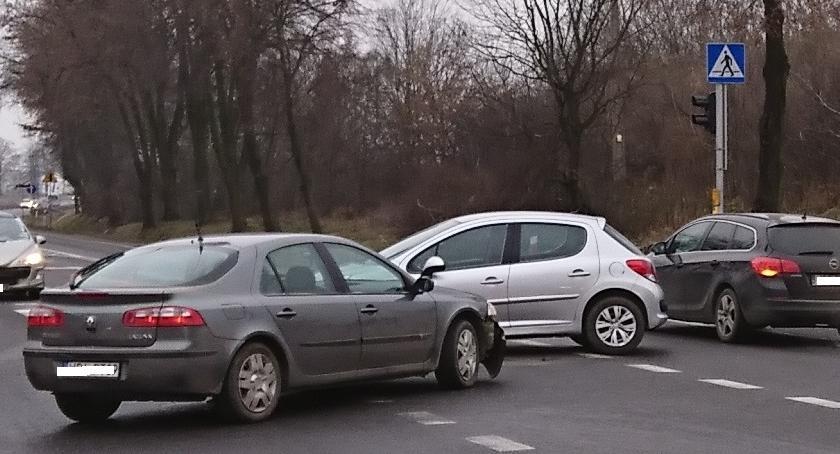 Wypadki, Kolizja skrzyżowaniu Wyszogrodzie drodze - zdjęcie, fotografia