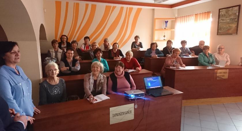 Oświata, Uniwersytet Trzeciego Wieku - zdjęcie, fotografia