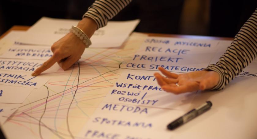 Oświata, Konkurs projekty zakresu edukacji kulturowej - zdjęcie, fotografia
