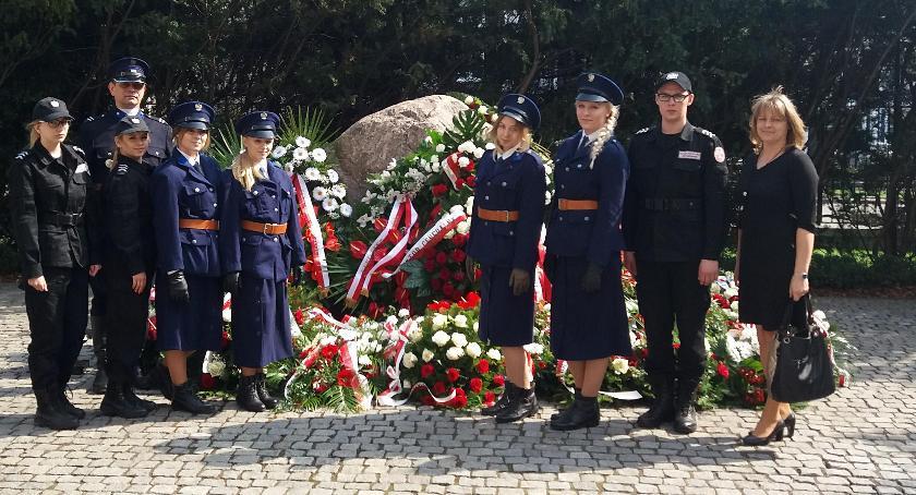 Oświata, Dzień Pamięci ofiar zbrodni katyńskiej - zdjęcie, fotografia