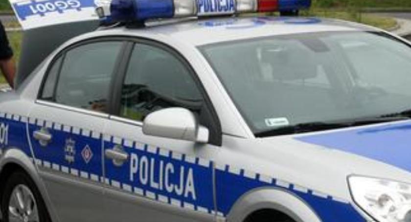 Komunikaty policji, drodze - zdjęcie, fotografia