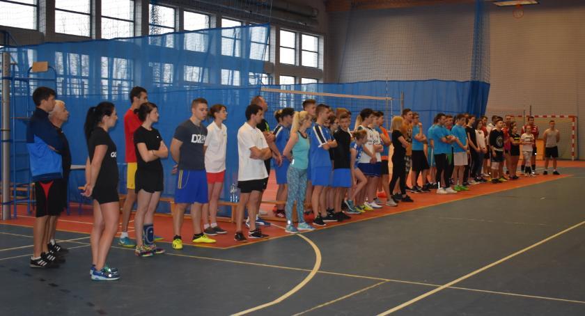 Sport, Mikołajkowy Turniej Charytatywny Czerwińsku - zdjęcie, fotografia