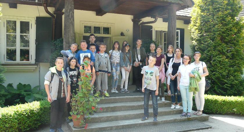 Oświata, Wycieczka Szkoły Podstawowej Rębowie Muzeum Mazowieckiej Sierpcu - zdjęcie, fotografia