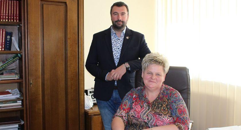 Samorząd, Starosta Płocki doskonale wywiązał swoich obowiązków! - zdjęcie, fotografia