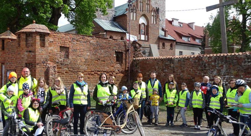 Turystyka, rowerowy Wisłą - zdjęcie, fotografia