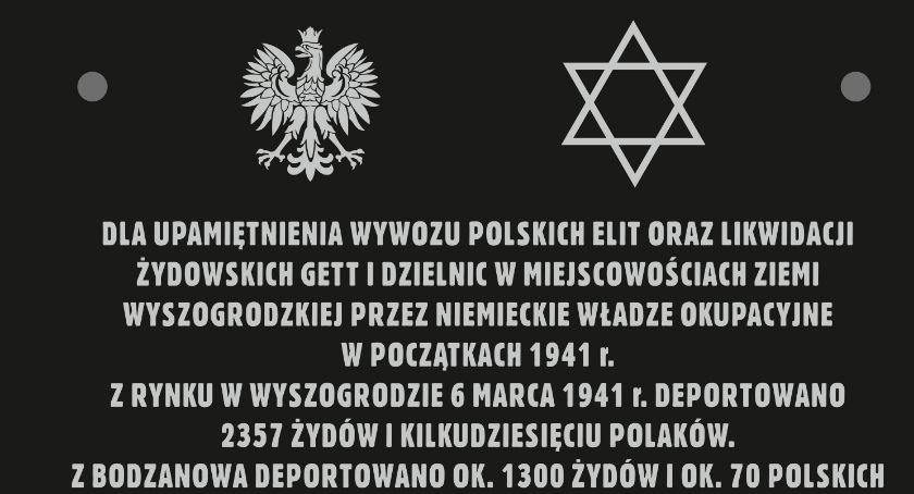 Historia, Dyrektor Muzeum Mazowieckiego Płocku Leonard Sobieraj zaprasza ceremonię - zdjęcie, fotografia