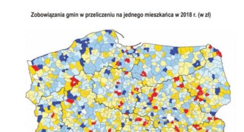 Samorząd, zadłużenia ubiegłym posiadało żadnego długu Publikujemy mapę zadłużenia samorządów - zdjęcie, fotografia