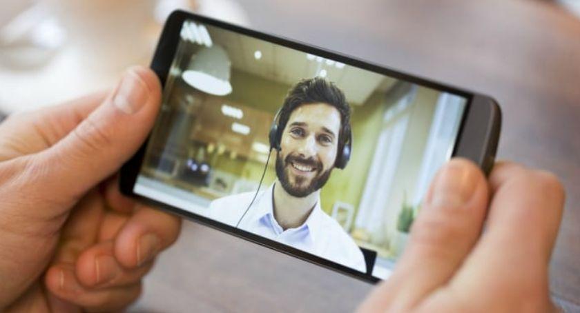 Ciekawostki, efektywnie uczyć języka angielskiego przez Skype - zdjęcie, fotografia