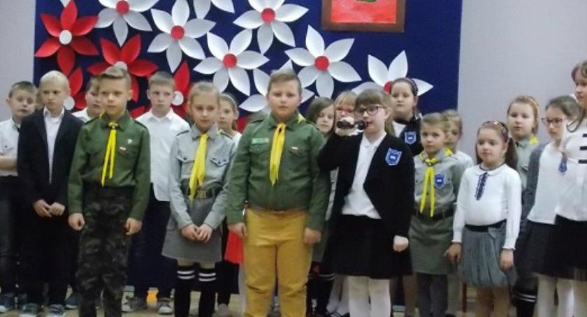 Oświata, Akademia okazji Święta Niepodległości Wyszogród - zdjęcie, fotografia